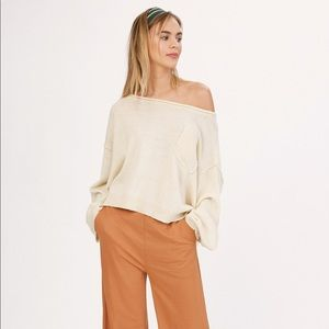 NWT Wide Neck Crop Pullover Sweater